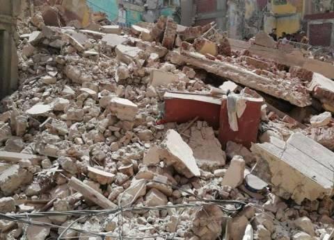 انهيار عقار مكون من 4 أدوار بحدائق القبة