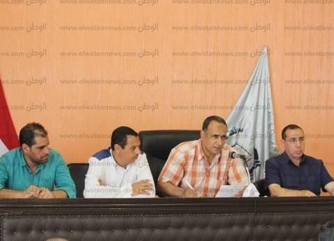 بالصور| رئيس مدينة دسوق بكفر الشيخ يناقش شكاوى المواطنين