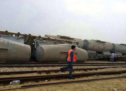 """مصدر: تراكم القمامة أدى لخروج عربات قطار """"إسكندرية- مطروح"""" عن مسارها"""
