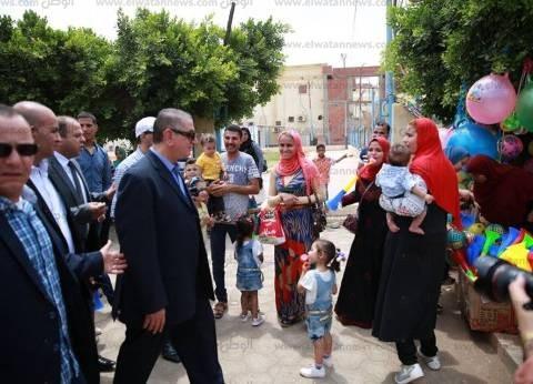 بالصور| محافظ كفر الشيخ يشارك الأهالي عيدهم في حديقة صنعاء
