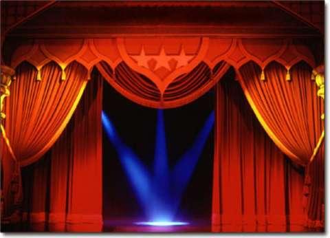 """""""هتغير مودك إمتى وفين"""".. تعرف على برنامج عروض البيت الفني للمسرح اليوم"""
