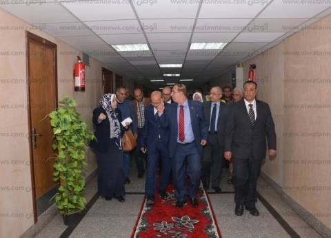 رئيس جامعة أسيوط يفتتح وحدة فسيولوجيا الجهاز العصبي بمستشفى النفسية