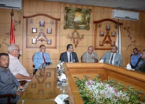 بالصور| رئيس جامعة المنصورة في زيارة لشركة الدقهلية للسكر