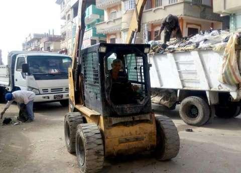 بالصور| حملة نظافة بمحيط مدارس ميت الخولى عبد الله في دمياط