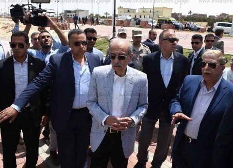 رئيس الوزراء يصل بورسعيد ويتفقد مشروع تطوير محطة سكك حديد الإقليم