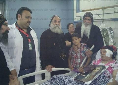 رئيس الطائفة الإنجيلية يزور أسر شهداء حادث دير الأنبا صموئيل