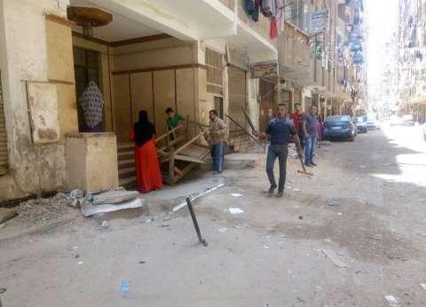 إزالة الحواجز الحديدية وسط الإسكندرية