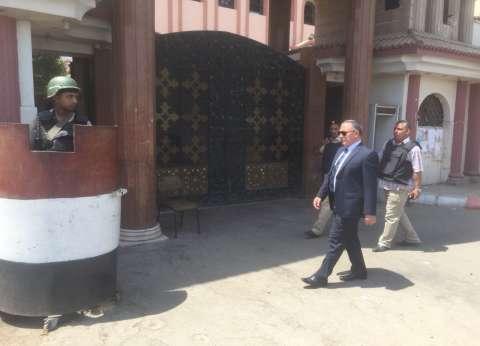 مدير أمن سوهاج يتفقد الخدمات الأمنية بمطرانية أخميم