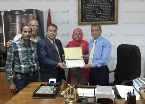 """حزب """"الأحرار"""" بشمال سيناء يكرم عميد كلية العلوم الزراعية بالعريش"""