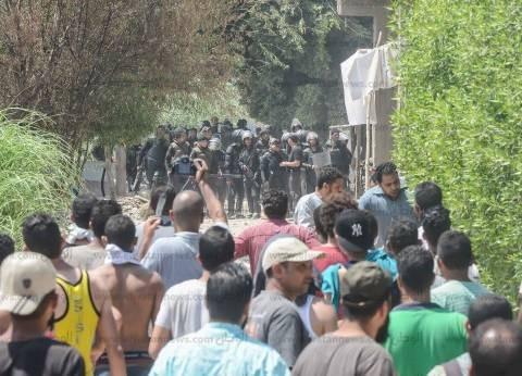 """مصادر: أمن الجيزة يطارد 30 متهما في """"اشتباكات الوراق"""""""