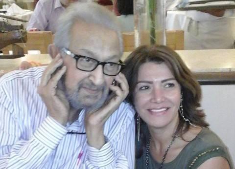 """لقاء سويدان ناعية نور الشريف: """"ربنا يرحمه.. كان زي والدي"""""""