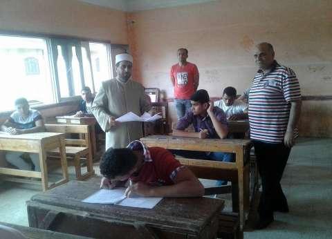 رئيس منطقة الدقهلية يتابع سير امتحانات الشهادة الثانوية الأزهرية
