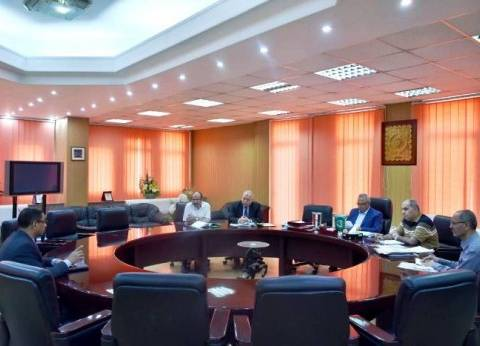 محافظ الشرقية يترأس لجنة اختيار مدير المستشفى العام والحميات بالزقازيق