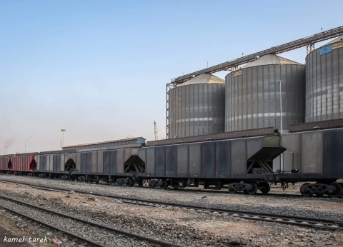 توقف قطار إثر تعطل جراره قرب محطة مطاي في المنيا