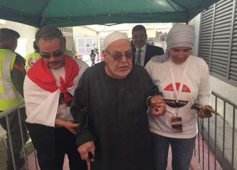 بالصور| توافد الناخبين في الإمارات.. وظهور لافت للنساء وكبار السن
