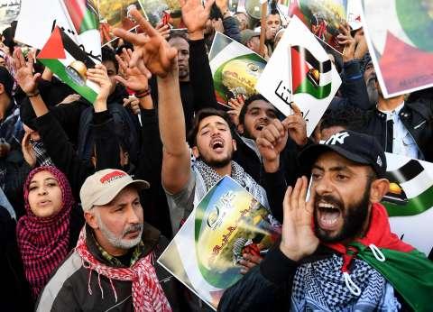احتجاجات حاشدة فى السودان وإيران وباكستان.. وتونس تستدعى سفير واشنطن