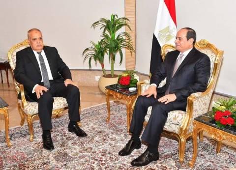 رئيس العربية للتصنيع: رأيت عن قرب حجم المجهود الكبير الذي يبذله السيسي