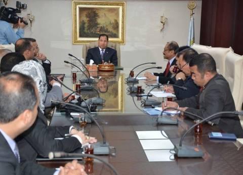 بالصور| محافظ الغربية يستقبل وفد تجاري من سفارة أندونيسيا بالقاهرة