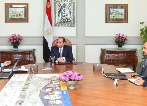 السيسي يطالب وزير البترول بتعظيم القيمة المضافة للخامات
