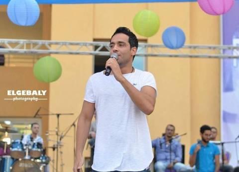 بالصور| رامي جمال يحيي حفلا بمناسبة استقبال الطلاب الجدد في جامعة بدر