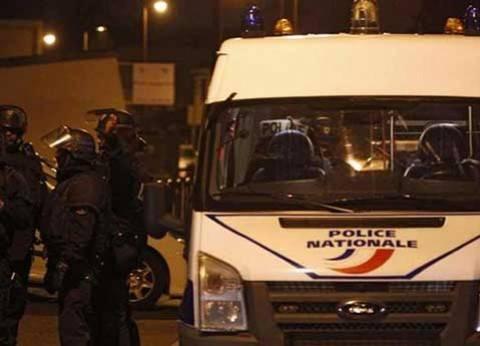 """الشرطة الفرنسية تعلن عن عملية """"خطف رهائن"""" في صالة عرض بباريس"""