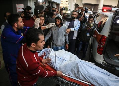 """""""نابلس"""" الفلسطينية تؤدي صلاة الغائب على شهداء """"يوم الأرض"""" في غزة"""