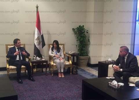 وزيرة السياحة تلتقي نظيريها السوداني والسوري في شرم الشيخ