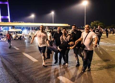 بالفيديو| دبابة تدهس متظاهرين أتراك