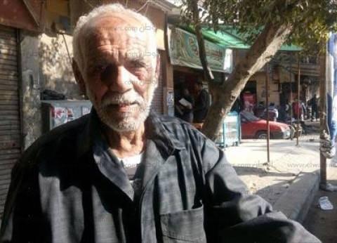 """""""عجوز باب الشعرية"""": """"نايم على الرصيف وعدت عليا كل الانتخابات والمرشحين مش بيخدمونا"""""""