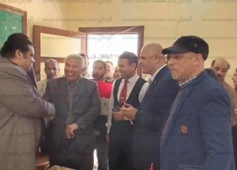 """وكيل """"تعليم البحيرة"""" يتفقد لجان الاستفتاء في أبو المطامير"""