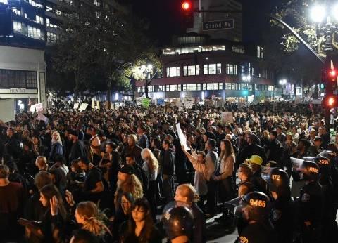 عاجل  اعتقال 92 شخصا إثر تظاهرات ضد ترامب