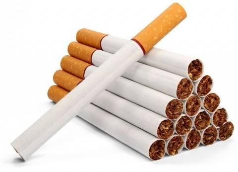 """بعد رفع سعر السجائر.. مدخنون: """"مش هنبطل هانجيبها لو بـ100 جنيه"""""""