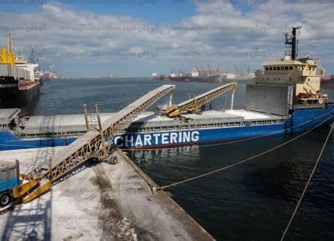 وصول 103 سيارة قادمة من جدة إلى ميناء بورتوفيق