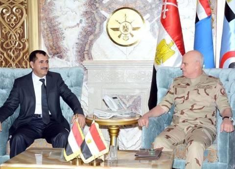 رئيس أركان الجيش يبحث مع نظيره اليمني تطورات الأوضاع بالمنطقة
