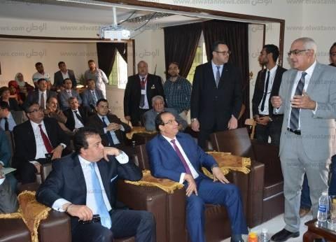 محافظ الدقهلية ووزير التعليم العالي يفتتحان منشآت بجامعة المنصورة