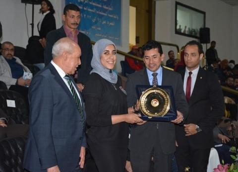 وزير الشباب والرياضة يفتتح البطولة العربية للبولينج