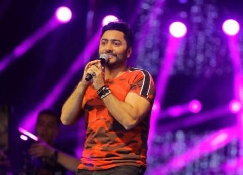 """تامر حسني يطرح برومو كليب """"100 وش"""" مع أحمد شيبة ودياب ومصطفى حجاج"""