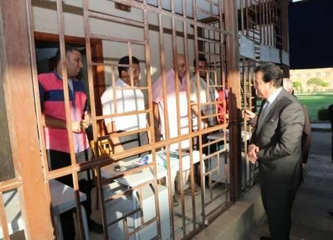 """""""وزير التعليم العالي"""" يتفقد مكتب التنسيق الرئيسي للقبول بجامعة القاهرة"""