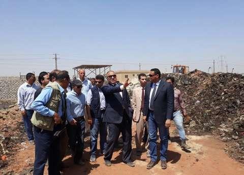 وزير التنمية المحلية يتفقد آلية عمل مدفن النفايات الصحي بالسادات