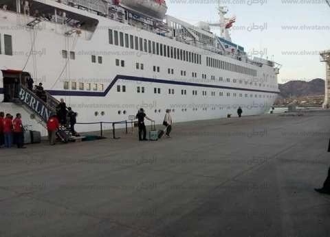 """وفد """"نقل النواب"""" يستعرض أعمال تطوير ميناء سفاجا"""