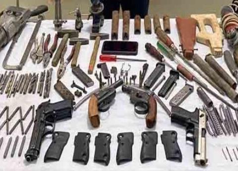 القبض على أحد الأشخاص أدار ورشة لتصنيع الأسلحة النارية بسوهاج