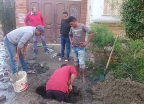 كسر خط مياه بمنطقة عمارات النيل وشارع 33 في دمياط
