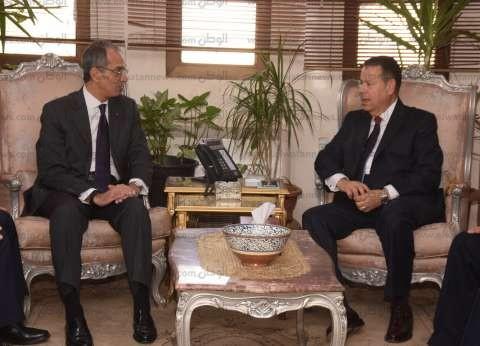 محافظ بني سويف يستقبل وزير الاتصالات وتكنولوجيا المعلومات