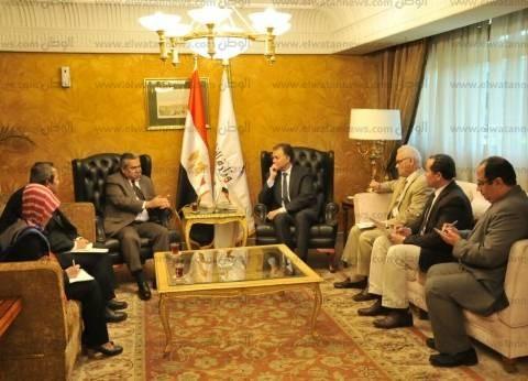 """وزير النقل يبحث مع سفير إندونسيا التعاون في السكك الحديدية و""""المترو"""""""