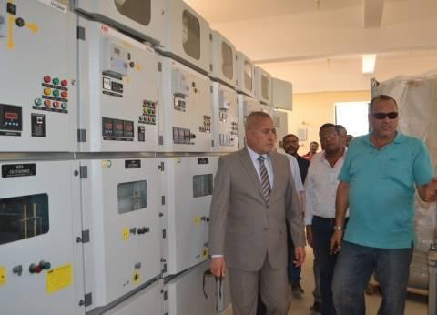 """محافظ السويس يتفقد أعمال التطوير بمحطة كهرباء """"السويس 2"""""""