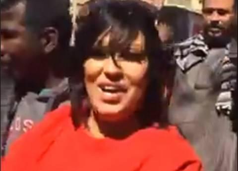 بالفيديو| فيفي عبده ترقص أمام اللجنة الانتخابية بعد الإدلاء بصوتها