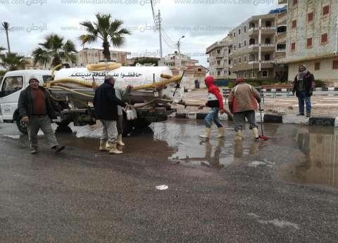 شدة الرياح تقلب «ميكروباص» وتصيب 11 راكباً في العريش
