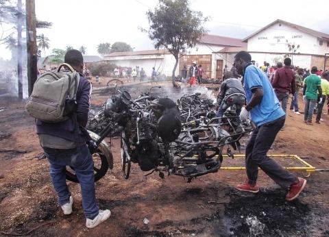 ارتفاع عدد ضحايا انفجار ناقلة وقود في تنزانيا لـ69 قتيلا