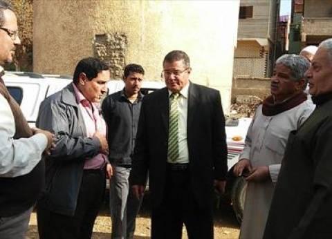 بالصور| رئيس سمنود يتفقد محطة الصرف الصحي بقرية كفر حسان
