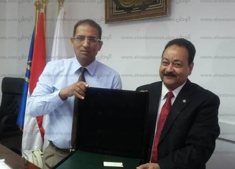 البنك الأهلي يساهم في إنشاء نافورة بجامعة أسوان